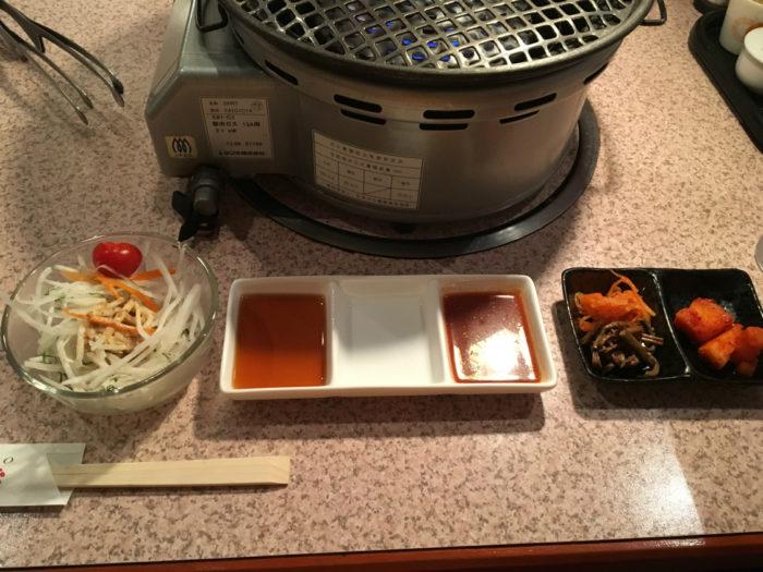 焼肉あいうえお サラダとキムチ