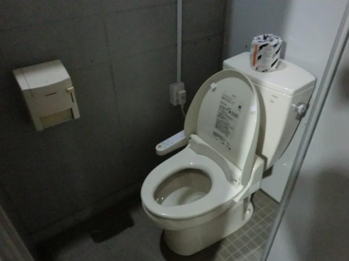 じゃのひれキャンプ場ウォシュレットトイレ