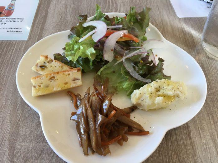 Buon Buono(ぶぉん ぶぉーの) ランチのサラダ
