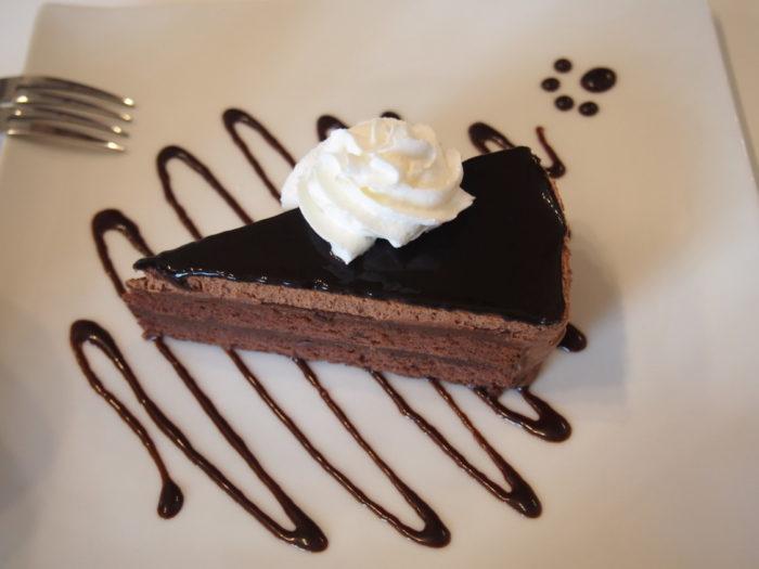 しっぽカフェ チョコレートケーキ