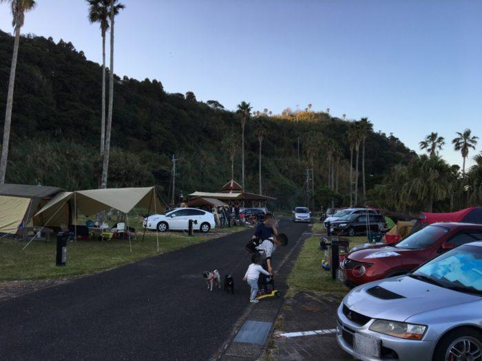 2018-11-10 混雑するキャンプ場