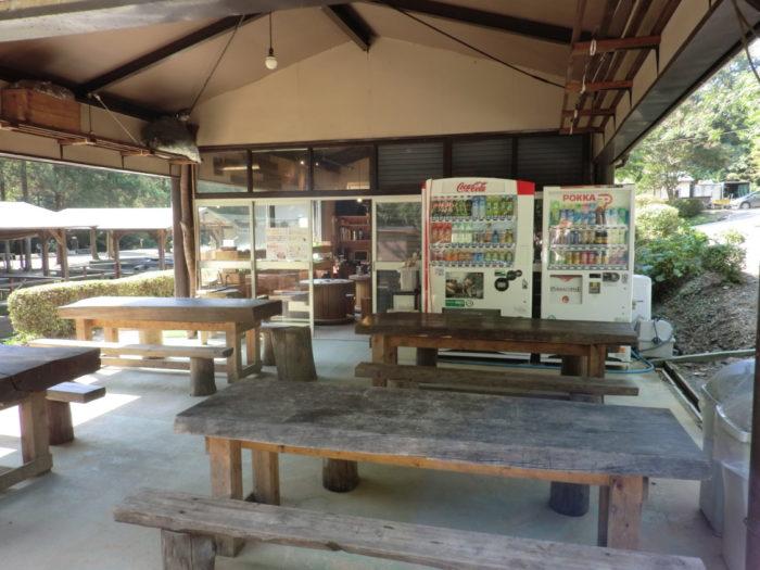 20120921犬山キャンプ場 受付棟