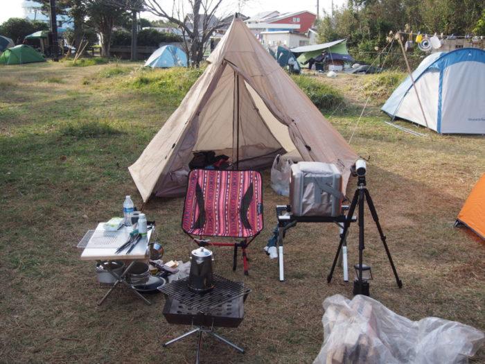 201812潮岬キャンプ テント設営完了