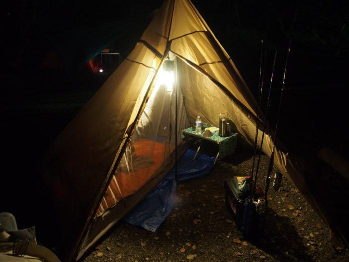 丸山県民サンビーチ夜のテント