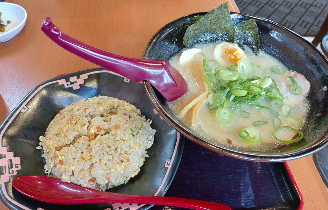 2019-04-25麺屋ふくちゃん ラーメンと半チャーハン
