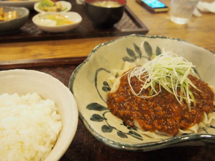 ドッグカフェリアン ジャージャー麺