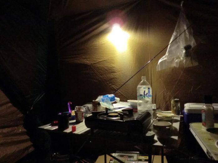南淡路シーサイドキャンプ場 リビング内