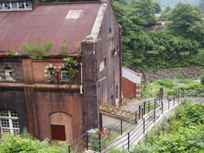 マイントピア別子 旧水力発電所の入り口外観