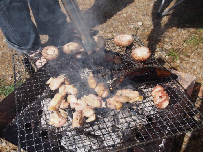 N.E.W奥長良キャンプ場 BBQの鶏肉