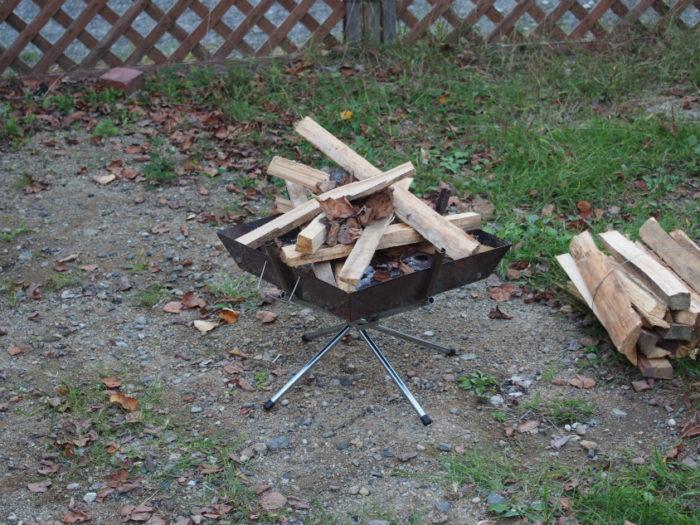 N.E.W奥長良キャンプ場 焚き火の準備