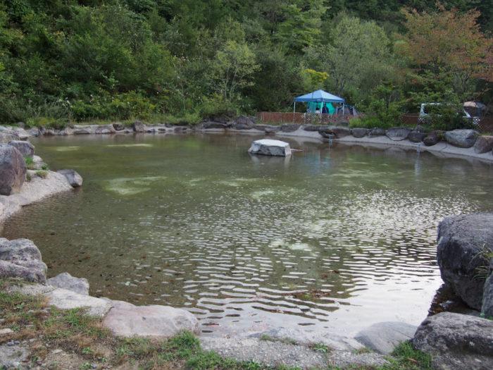 N.E.W奥長良キャンプ場 大きな池