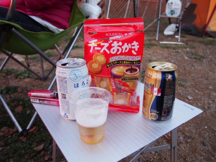 N.E.W奥長良キャンプ場 チーズおかきとビール