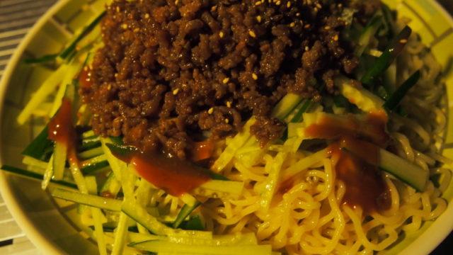 犬山キャンプ場 晩ごはんのジャージャー麺