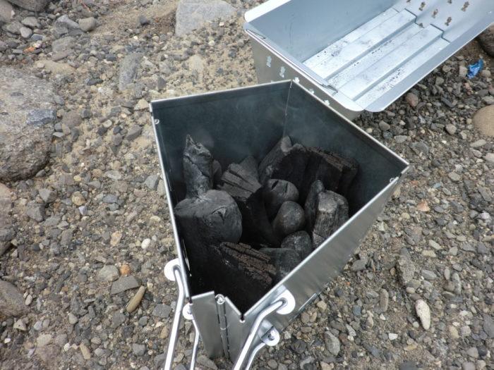 20120623滝畑湖畔バーベキュー場 火おこし器