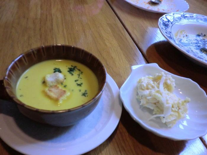 20130113スマート ランチセットのスープとサラダ