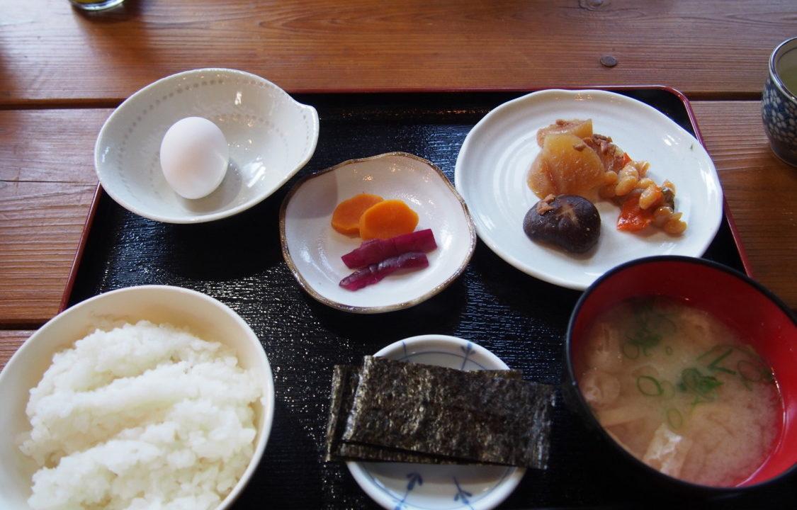 はるの川音の郷 サービスの朝食