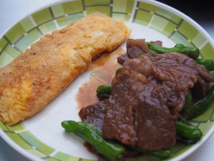 紀州加太オートキャンプ場 卵焼きと焼き肉