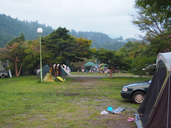アイリスパーク 集まってきたキャンプ客