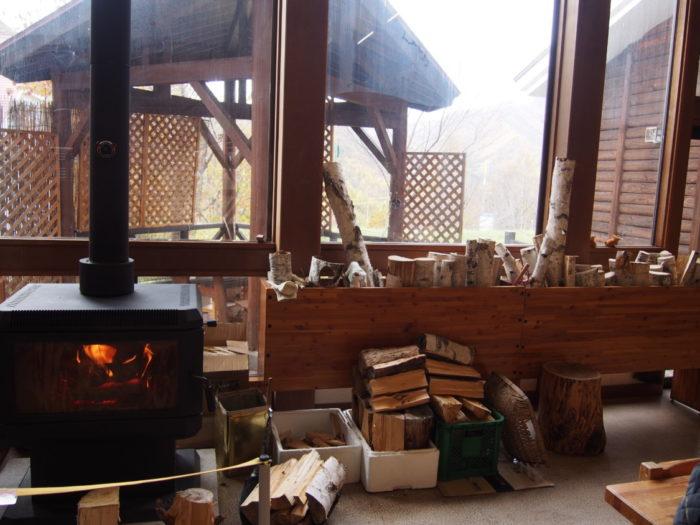 ウッディ・もっくの暖炉