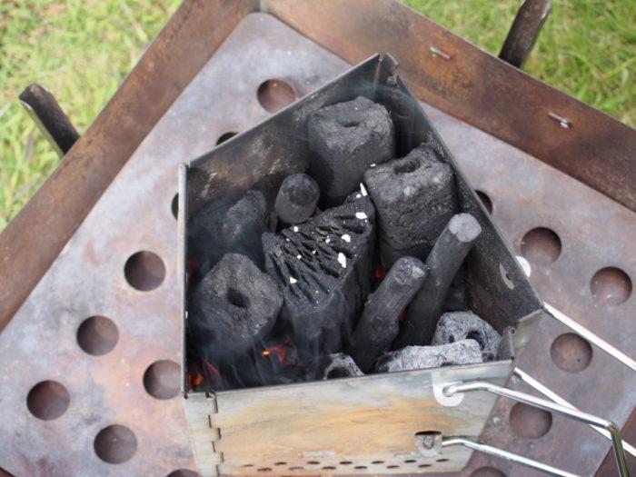 2014-09-13鉢ヶ崎オートキャンプ場 火おこし器