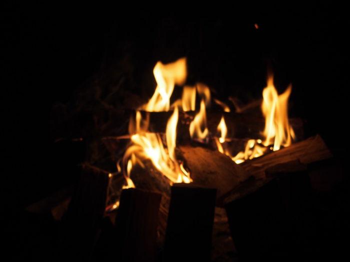 2014-09-13鉢ヶ崎オートキャンプ場 焚き火の明かり