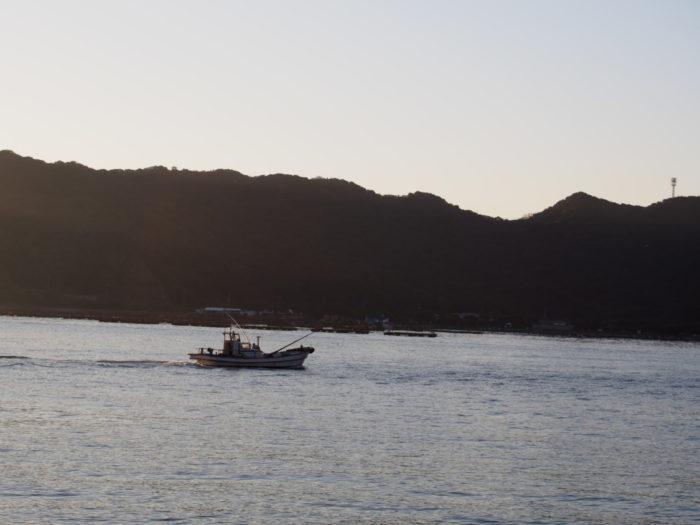 2014-10-24 南淡路シーサイドキャンプ場 釣り船
