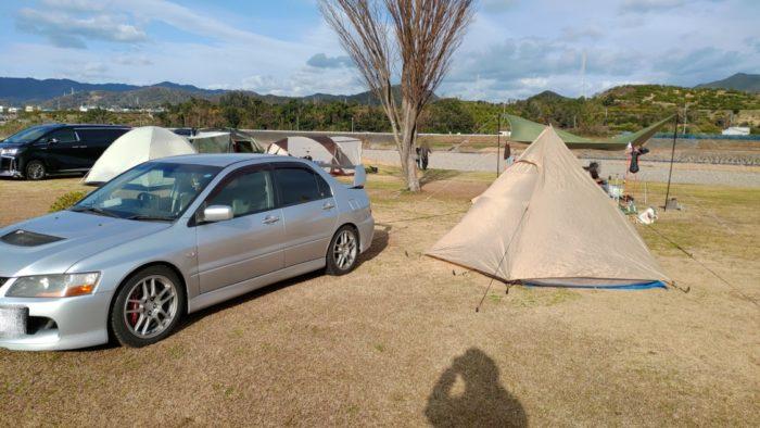 2020-01-18野口オートキャンプ場 テントとランエボ