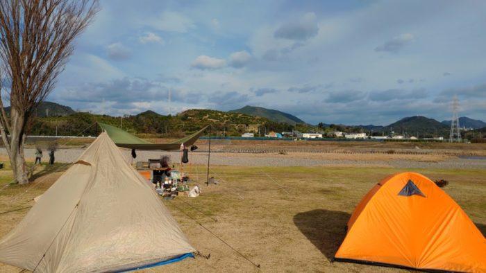 2020-01-18野口オートキャンプ場 テントから景色が良い