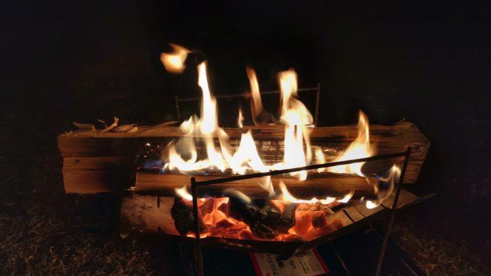 2020-01-18野口オートキャンプ場 夜の焚き火