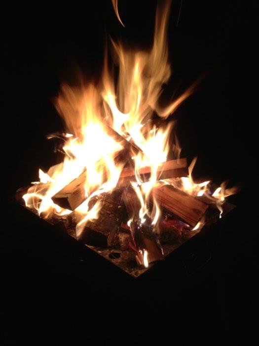 2013-05-02南レクオートキャンプ場 焚き火