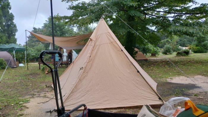 2020-09-26神鍋高原キャンプ場 斜めのテント