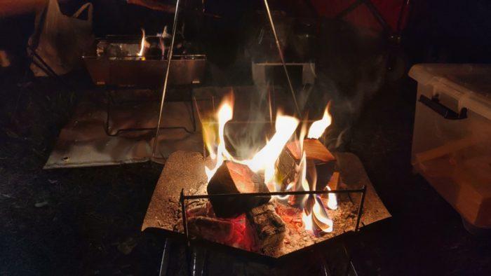 2020-09-26神鍋高原キャンプ場 夜の焚き火
