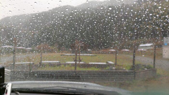 毛原オートキャンプ場 到着時の雨