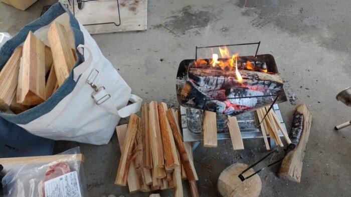 毛原オートキャンプ場 買った薪で焚き火