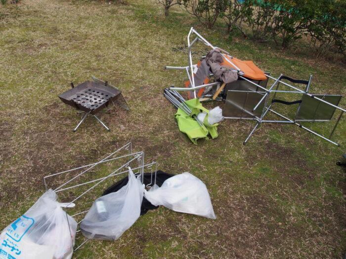 2014正月キャンプじゃのひれ 風で倒れたキャンプ道具