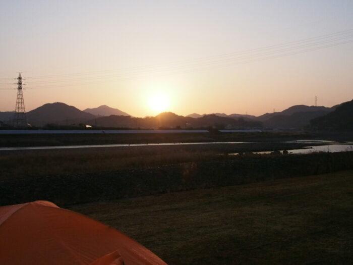 野口オートキャンプ場 朝日