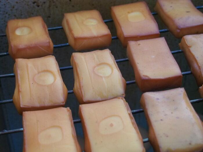 野口オートキャンプ場 燻製チーズ