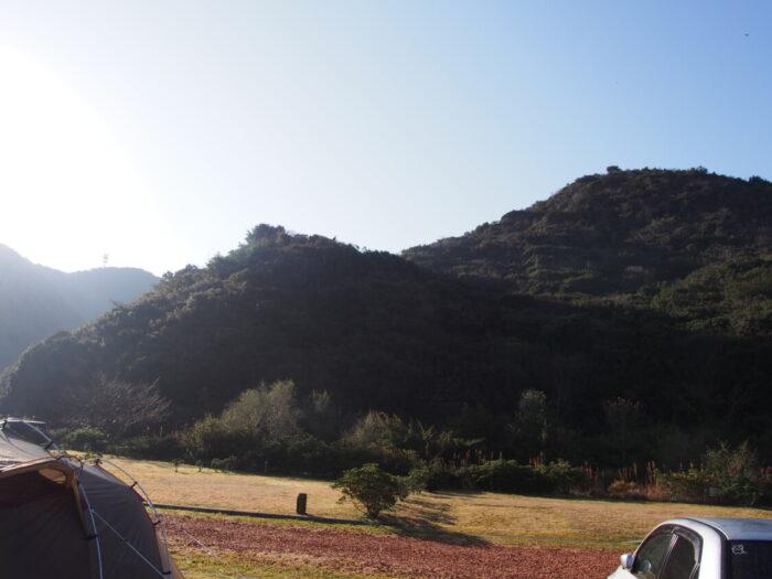 2014じゃのひれ元旦キャンプ 山の景色